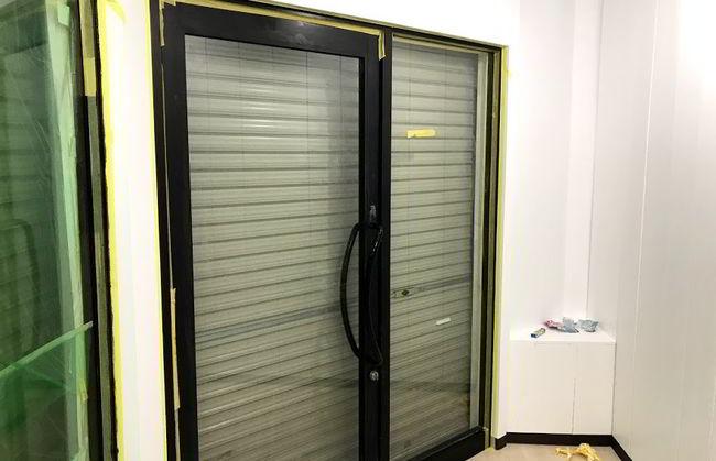 ドア枠塗装-001