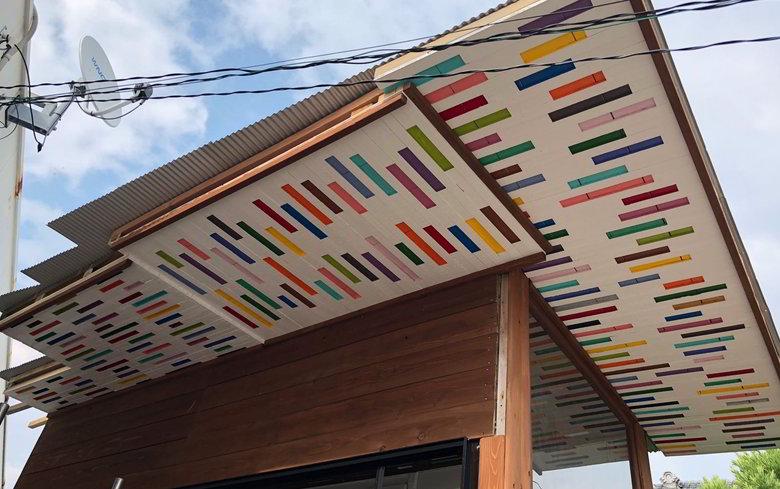 【店舗製作】店舗天井の塗装のけっこう進んだバイ