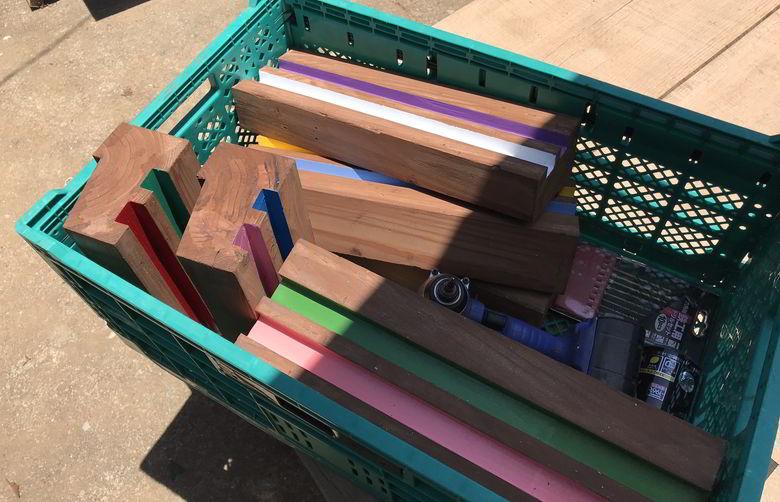【店舗製作】廃材の敷居でプランターの台ば作るばい
